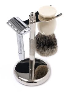 800px-Shaving-Set
